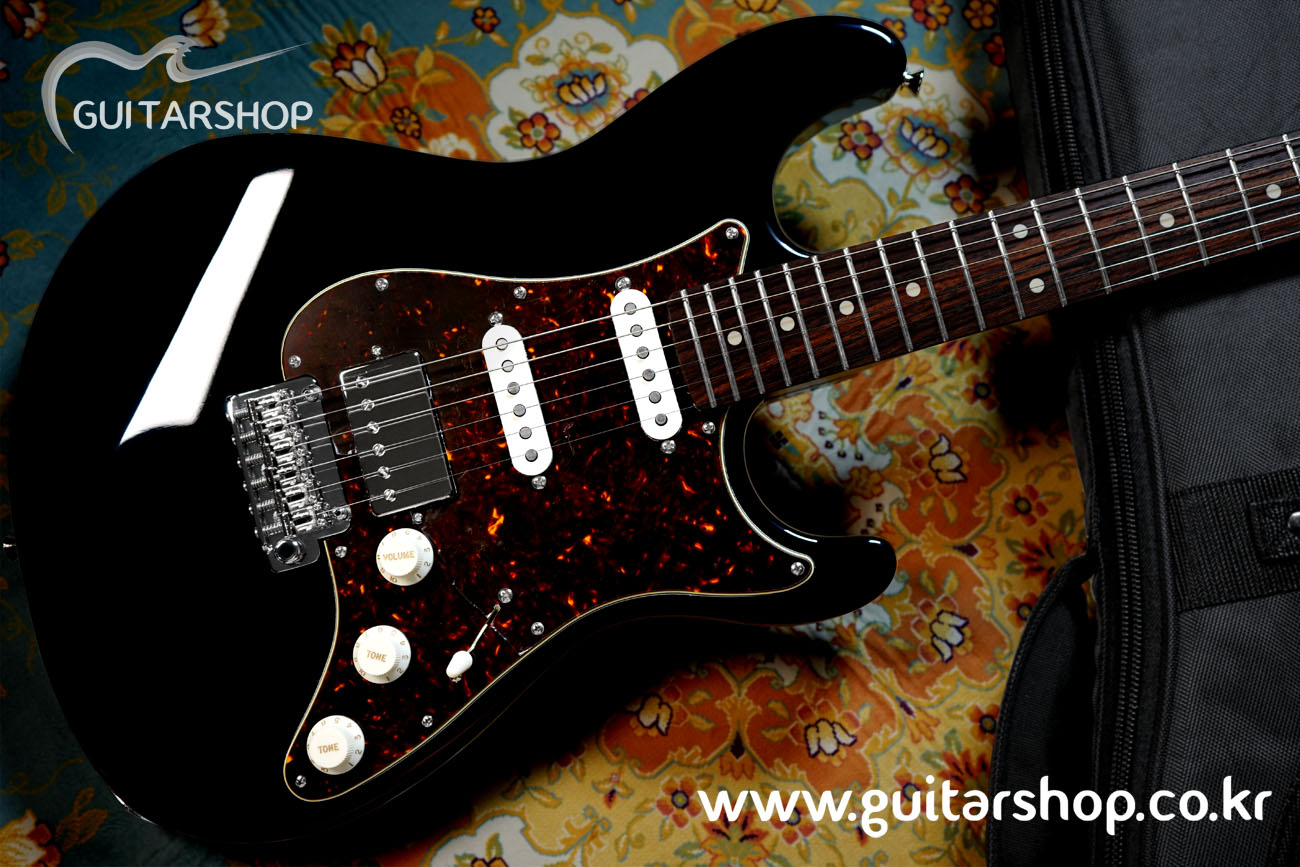 SUGI Stargazer Guitar Black Color (Too Good To Be Series)
